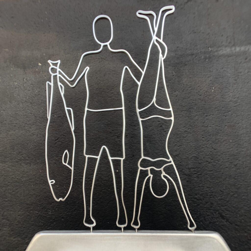 To torsk og en sild - Wire Art fra Helge Voldbjerg