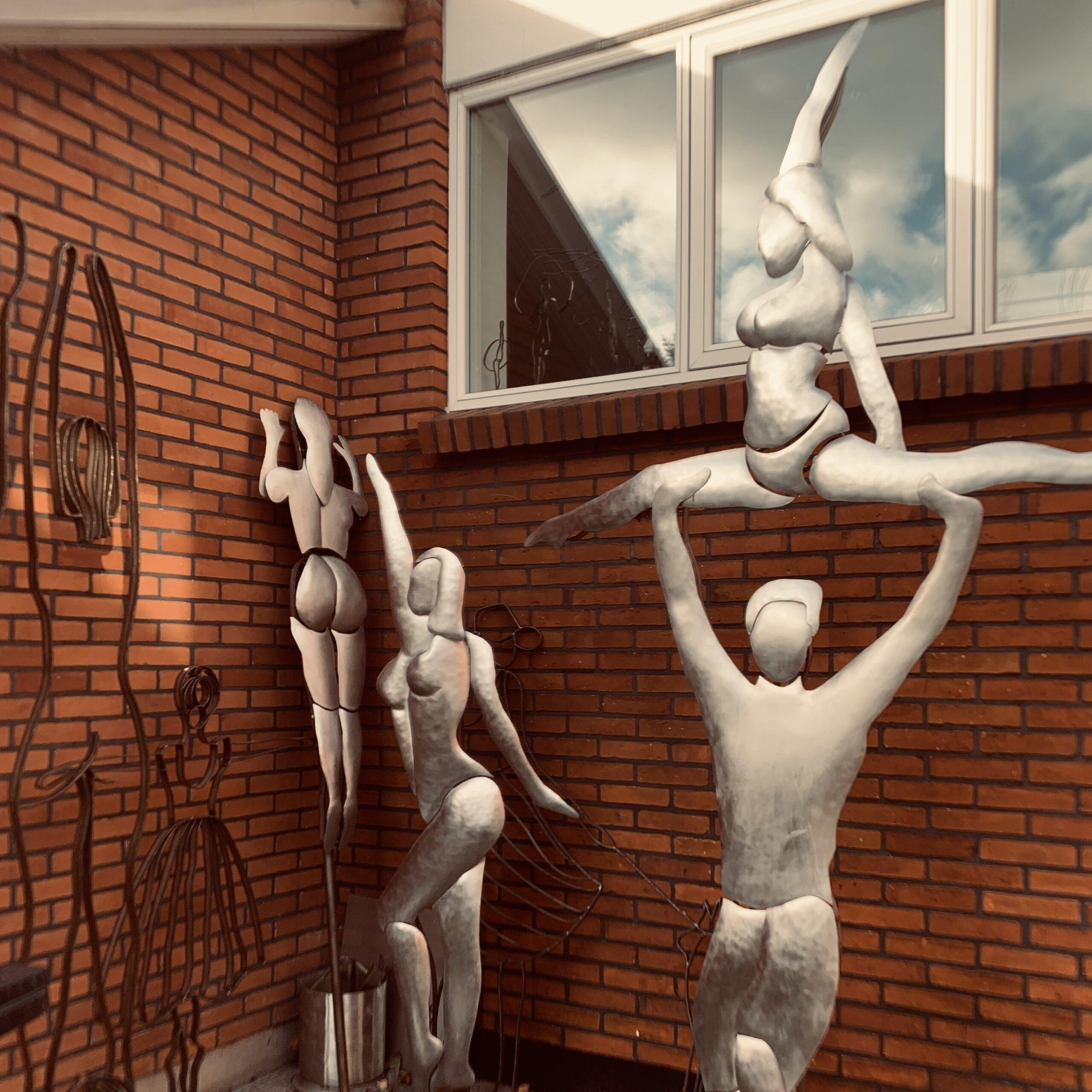 Helge Voldbjergs store skulpturer